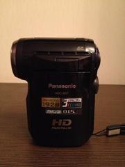 Продам видеокамеру Panasonic hdc-sd7